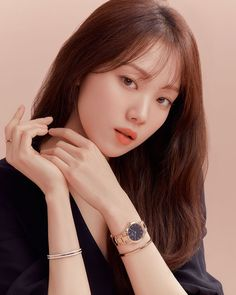 Lee Sung Kyung Fashion, Job Interview Makeup, Pony Makeup, Kim Book, Bracelets Design, Weightlifting Fairy Kim Bok Joo, Song Hye Kyo, Kdrama Actors, Michael Kors