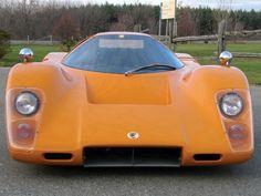 Прототип гоночного автомобиля McLaren M6GT.