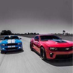 American Muscle Battle - Mustang vs Camaro ZL1 American Racing Wheels