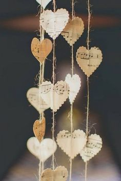 Easy to make romantic sheet music decoration projects - DIY Vintage Decor Ideas . - Easy To Make Romantic Sheet Music Decoration Projects – DIY Vintage Decor Ideas – Amz Dego – - Diy Vintage, Vintage Decor, Vintage Ideas, Vintage Wood, Vintage Paper, Wedding Planning Pictures, Wedding Pictures, Diy Paper, Paper Crafts