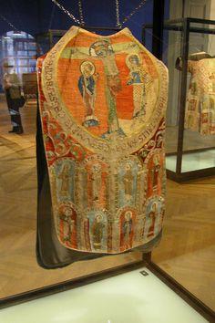 Viennese textiles (vestments) from the 13th Century. http://rubens.anu.edu.au/raid5/austria/vienna/museums/mak_museum_fuer_angewandte_kunst/textiles/goess_vestments_mid_13thc/chasuble/