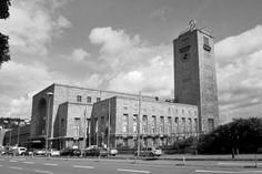 Stuttgart Hauptbahnhof, 1914-28 by Paul Bonatz
