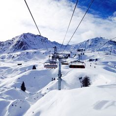 Chairlift in La Plagne, France √ Easter 2015 Ski Europe, Ski Season, Ski Holidays, Winter Scenery, French Alps, Beautiful Places To Travel, Snow Skiing, France, Snowboards