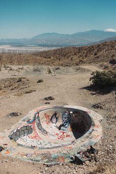 Took a trip to the Nude Bowl : skateboarding Bmx, Backyard Skatepark, Skate Ramp, Skate Photos, Old School Skateboards, Surf Art, Street Photography, Surfing, Skateboarding
