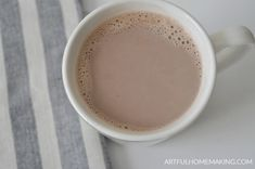 This easy, healthy hot cocoa recipe is perfect for winter days. It only takes a few ingredients and a few minutes to make your own hot chocolate! Sugar Free Hot Chocolate, Hot Chocolate Recipe Easy, Healthy Hot Chocolate, Hot Cocoa Recipe, Cocoa Recipes, Vegetarian Chocolate, Real Food Recipes, Keto Recipes, Sweet Tooth