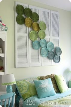 wicker paper plate holders!!!!! How many of these have you threw away in your lifetime?