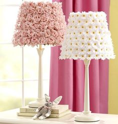 Quirky flower lampshades. So hopelessly girly! home-decor-crafts