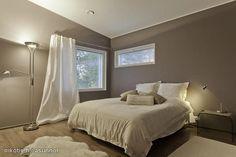 Beautiful bedroom / Kaunis makuuhuone
