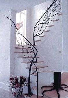 Amazing Staircase - tree branch design. A great idea, especially as I live in a house surrounded by forest.
