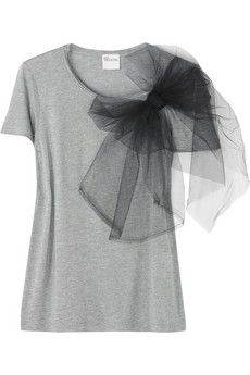 tulle bow - could make this as a pin to move from shirt to shirt. Also easier to clean.