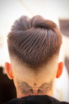 Ideias para cortes de cabelos masculinos. #cortemasculino #cabeloestilosomasculino #cortes Boy Haircuts Short, Cool Mens Haircuts, Straight Hairstyles, Men's Haircuts, Short Bangs, Short Hair Cuts, Short Hair Styles, Grunge Haircut