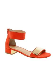 These flirty low heeled sandals are the perfect way to add some polished chic-ness to any outfit this summer. Love the color and touch of gold! Low Heel Sandals, Low Heel Shoes, Low Heels, Fancy Shoes, Me Too Shoes, Fashion Shoes, Mens Fashion, Style Fashion, Orange Shoes