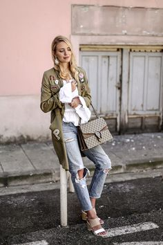Lucky you: http://www.ohhcouture.com/2016/05/lucky-you-nice-france/ | Streetstyle, Gucci Dionysus, Oversized Military, Used denim, off shoulder blouse | #ohhCouture #LeonieHanne