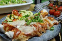 Lækker opskrift på mexicanske enchiladas fyldt med oksekød, ost og hjemmelavet enchiladas sauce - dejlig krydret uden at være for stærk.