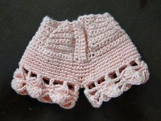 Swimsuit, shorts, hat, belt and crochet bolero for Barbecue Pecunia MM