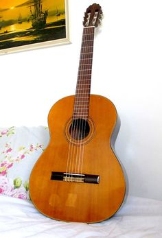 Clear Sound classical guitar made in Japan Tune My Guitar, Guitar Bag, Classical Guitars, Spanish Names, Sounds Great, Playing Guitar, Music Instruments, Japan, Things To Sell