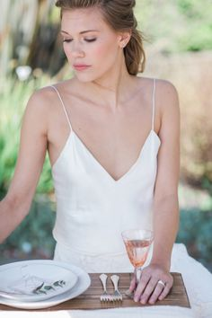 Today we're mixing cool Japanese ideology with chic London vibes, with this beautiful wabi-sabi wedding inspiration shoot by Siobhan H and Always Andri. Romantic Wedding Hair, Boho Wedding, Wedding Blog, Dream Wedding, Wedding Ideas, Wedding Bridesmaid Dresses, Best Wedding Dresses, Bridesmaids, Modern Wedding Theme