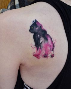 The watercolor tattoo - the most beautiful motifs and import.- The watercolor tattoo – the most beautiful motifs and important tips – Tattoos – - Small Star Tattoos, Cute Small Tattoos, Tattoos For Guys, Cat Tattoo Designs, Small Tattoo Designs, Watercolor Bird, Watercolor Tattoo, Art Inspired Tattoos, Aquarell Tattoo