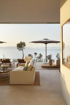 New Interior Design, Best Interior, Interior Design Inspiration, Modern Interior, Ibiza, Porch And Terrace, Stone Wall Design, House By The Sea, Outside Living