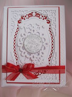 Friday Freebie 019 - Flowers, Ribbons and Pearls