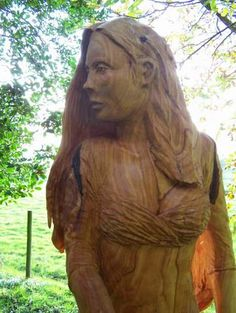 Simon O'Rourke Tree Carving