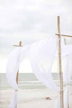 white+linen+canopy+wedding+ceremony+decorations