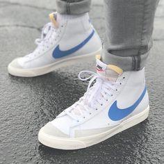 Blazer Mid Vintage Men's Shoe – Fashionable Men Sneaker Outfits, Converse Sneaker, Puma Sneaker, Sneakers Mode, Sneakers Fashion, Fashion Shoes, Mens Fashion, Women's Sneakers, Sport Fashion