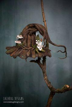 the faerie milliner — Lalabug Designs Halloween Kostüm, Holidays Halloween, Halloween Decorations, Felt Hat, Wool Felt, Fantasy Costumes, Wet Felting, Larp, Felt Crafts