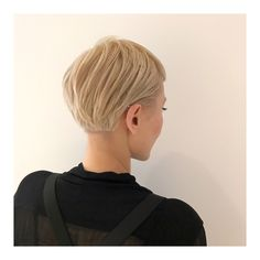Short Bob Hairstyles, Hairstyles Haircuts, Pretty Hairstyles, Short Hair Cuts, Short Hair Styles, Pam Pam, Corte Y Color, Haircut And Color, Great Hair