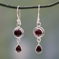 Novica Handcrafted 'Crimson Glow' Garnet Earrings