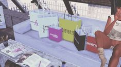 Plus Size Shopping Bags for The Sims 4