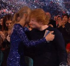 Pin for Later: 18 Times Taylor Swift and Ed Sheeran Fully Embodied Your #FriendshipGoals When They Hugged It Out Ed was on hand to celebrate when Taylor dominated the 2013 Billboard Music Awards.