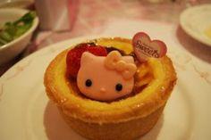 Hello Kitty Sweets:                   Hello Kitty custard tart!