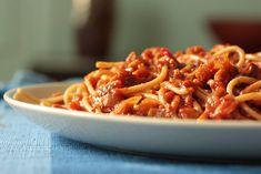 Vegan Bolognese Sauce | One Green Planet