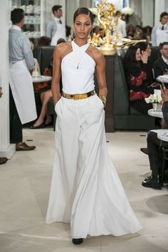 Ralph Lauren at New York Fashion Week Spring 2019 - Runway Photos Fashion Week, New York Fashion, Look Fashion, Runway Fashion, Fashion Models, Fashion Show, Fashion Outfits, Fashion Design, Fashion Trends