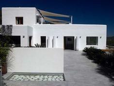 CANA ROYAL ES CUBELLS - Ibiza real estate agency and concierge services provider