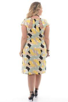 Vestido Círculos Plus Size - Chic cx e Elegante Vestidos Plus Size, Plus Size Dresses, African Fashion Dresses, African Dress, Kurta Designs, Blouse Designs, Mother Of The Bride Plus Size, Plus Size Bridesmaid, Plus Size Chic