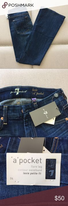 7 for All Mankind Petite Jeans Flare jeans in size 24. A pockets. NWT 7 For All Mankind Jeans Flare & Wide Leg