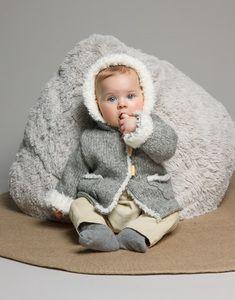 Modèle manteau capuche layette