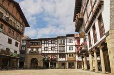Hondarribia. Las plazas medievales más bonitas de España.