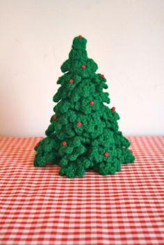 vintage crochet CHRISTMAS TREE