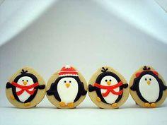 wintery penguins {flourboxbakery} #winter #penguins #cookies
