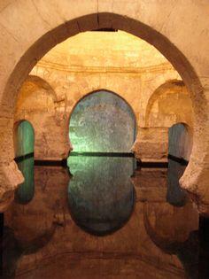 Alhama de Granada, municipio granadino que posee termas naturales.