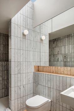 long tiles Bathroom Tile Designs, Bathroom Interior Design, Modern Interior Design, Modern Bathroom, Small Bathroom, Bathroom Ideas, Industrial Bathroom, Minimalist Bathroom, Bathroom Tray