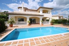 Welcome   Crystal Shore Properties Marbella is a real estate agency with over 25 years experience helping clients buy, sell and rent property on the Costa del Sol.