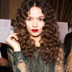 10 Hairstyles For Girls With Curly Hair | The Zoe Report