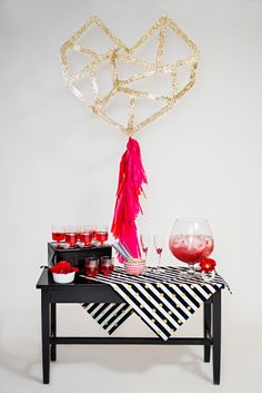 If you aren't getting married on Valentine's Day but soon after that, why not throw a Valentine's Day bridal shower? Gather your gals and have an amazing . Valentines Design, Valentines Day Party, Be My Valentine, Modern Wedding Inspiration, Shower Inspiration, Wedding Ideas, Bridal Shower Photos, Bridal Showers, Baby Showers