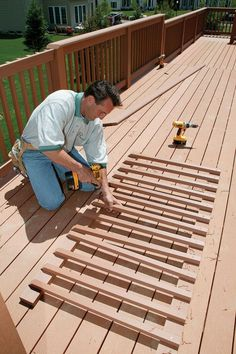 Deck Railing Designs   Manufactured Deck Railings Look Good, But Do They  Last?