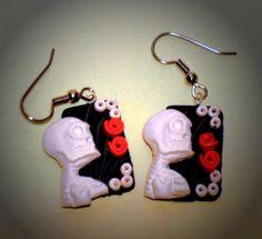 Ohrhänger - Ohrringe Totenkopf Damen Ohrschmuck Sculpey Hänger - ein Designerstück von ausgefallene-Ohrringe bei DaWanda