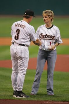 Image Detail for - HOUSTON - APRIL 29: Manager Phil Garner #3 of the Houston Astros shakes hands with head coach Kim Mulkey-Robertson of the Baylor University Lady Bears, as Mulkey-Robertson prepares to throw the first pitch